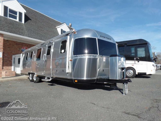 New 2020 Airstream Classic 33FBT Twin available in Millstone Township, New Jersey