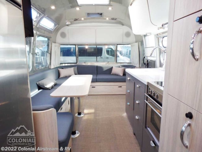 2020 Airstream Globetrotter 30RBQ Queen - New Travel Trailer For Sale by Colonial Airstream & RV in Millstone Township, New Jersey features Refrigerator, External Shower, Microwave, CD Player, Roof Vents