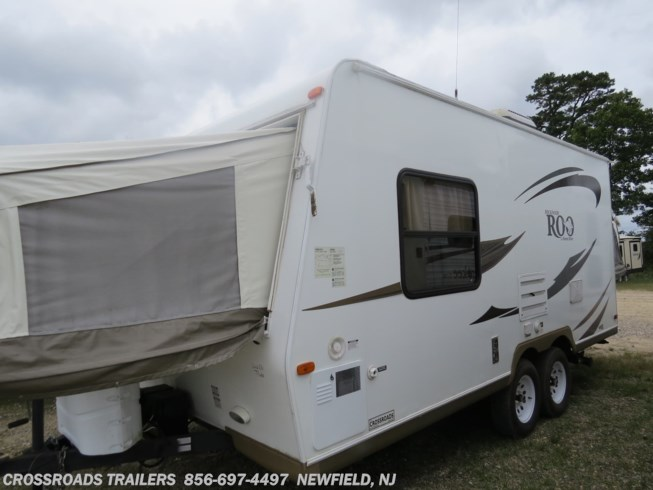 2012 Rockwood Roo 19 by Forest River from Crossroads Trailer Sales, Inc. in Newfield, New Jersey