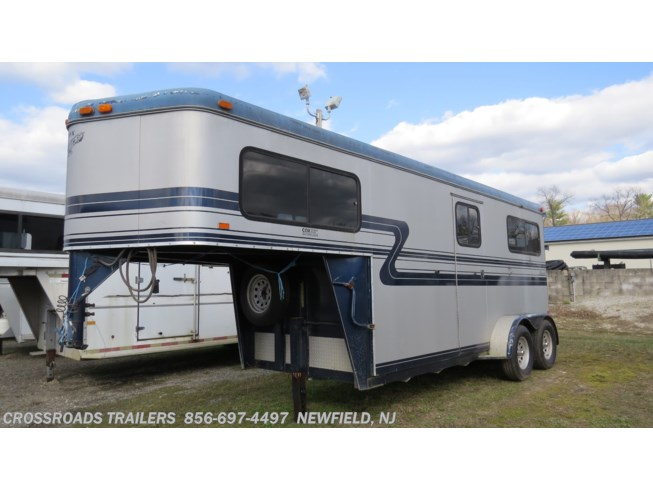 2000 Hawk Trailers 2 H Warmblood w/dr room - Used  For Sale by Crossroads Trailer Sales, Inc. in Newfield, New Jersey