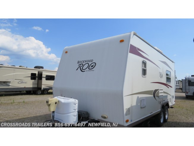 2010 Rockwood Roo 21RS by Forest River from Crossroads Trailer Sales, Inc. in Newfield, New Jersey
